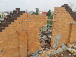 Как разрушаеться кирпичная 9 этажка