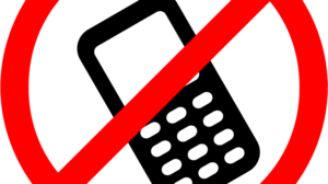 В каких странах запрещено разговаривать по телефону в рабочее время