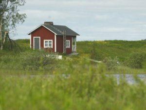 Можно ли продать дом в деревне без приватизации