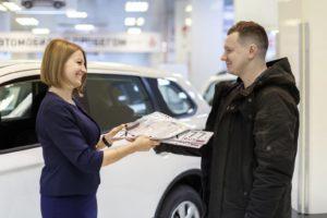 Сколько можно ездить без номеров после покупки автомобиля в автосалоне
