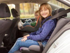 Можно ли 6 летнего ребенка просто пристегнуть ремнем безопасности