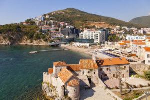 Найти работу в черногории для русских