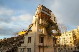 В каком году будут сносить девятиэтажки в москве