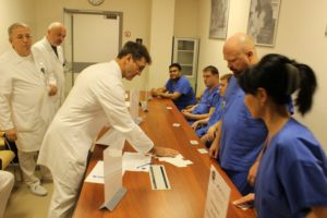 Какая зарплата у хирургов в боткинской больнице